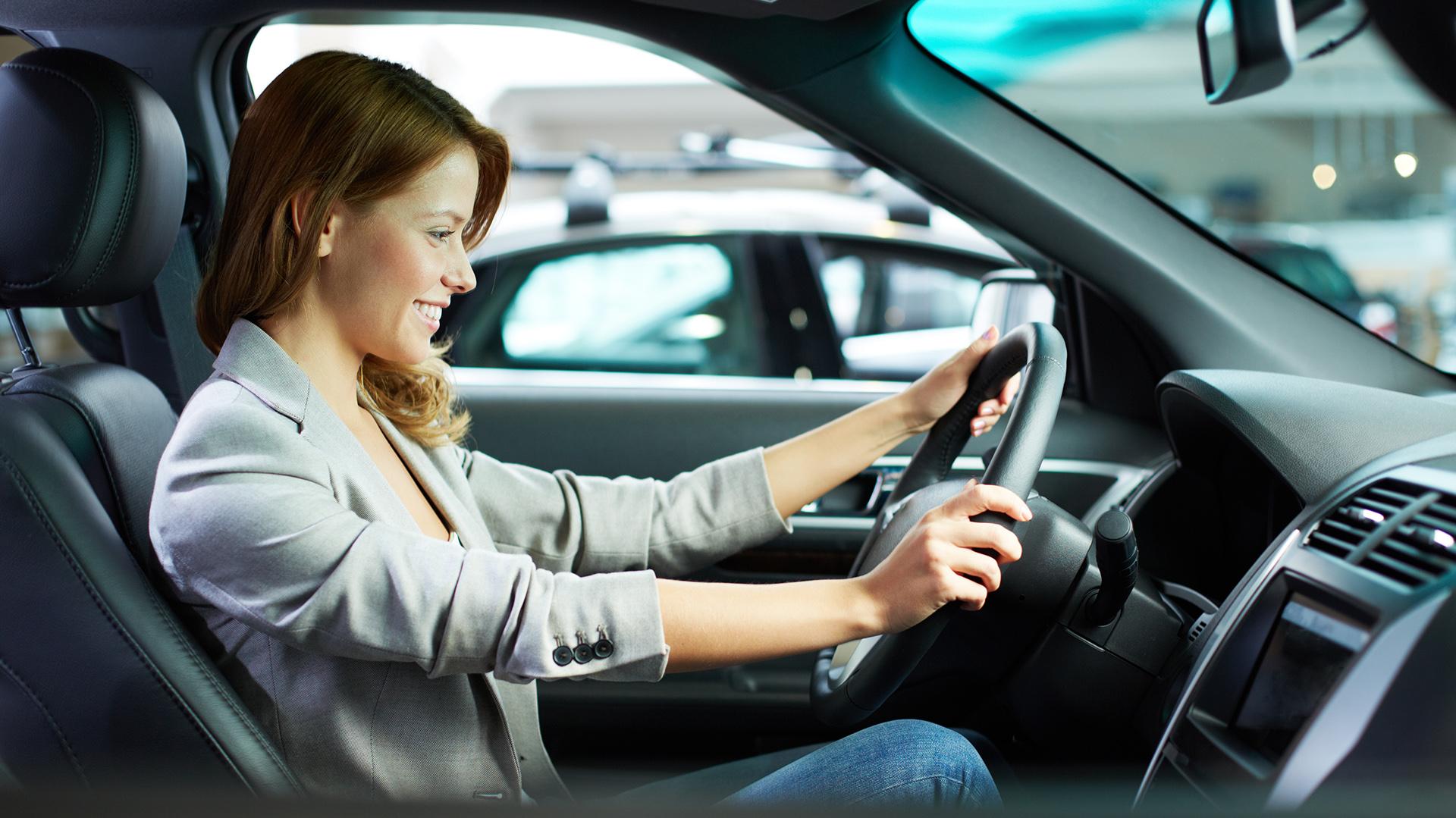 Tips para manejar seguro en coche